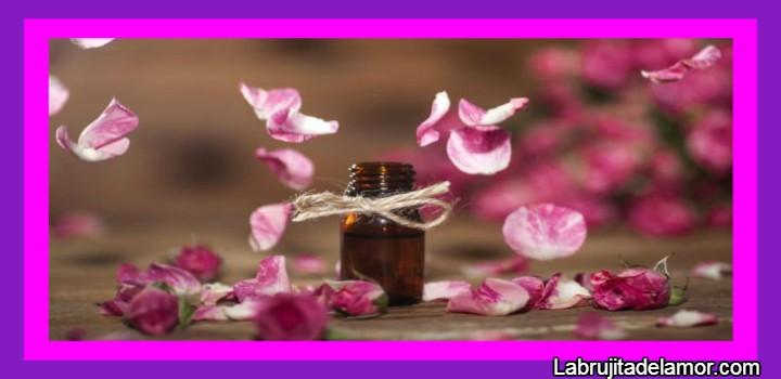 amarre con perfume y rosas